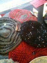 berets lefgers, avec des petits cristaux.