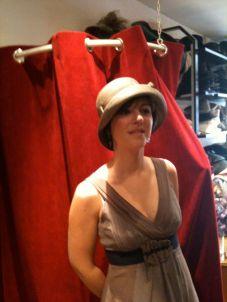 Celine aime son chapeau roulable ver'sion habillée ou quotidien.