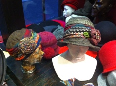Collection de chapeaux roulables, fantaisies, ou unis.